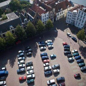 Grote Kerkhof autovrij